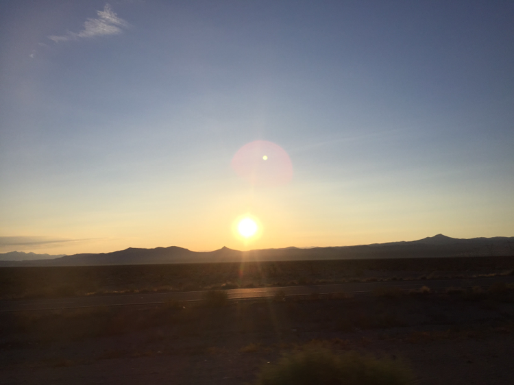 ラスベガスの朝日