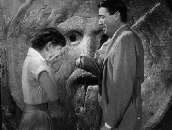 Audrey Hepburn and Gregory Peck at the Mouth of Truth Roman Holiday trailer